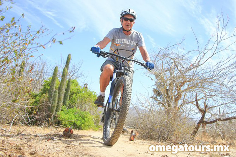 Pedal along old ranchero's paths and through spectacular landscapes.